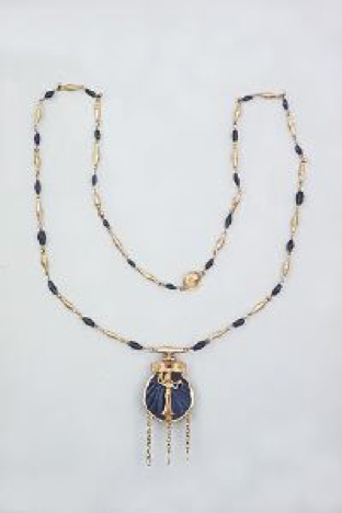 Display image of Necklace with Pendant of Aphrodite Anadyomene.